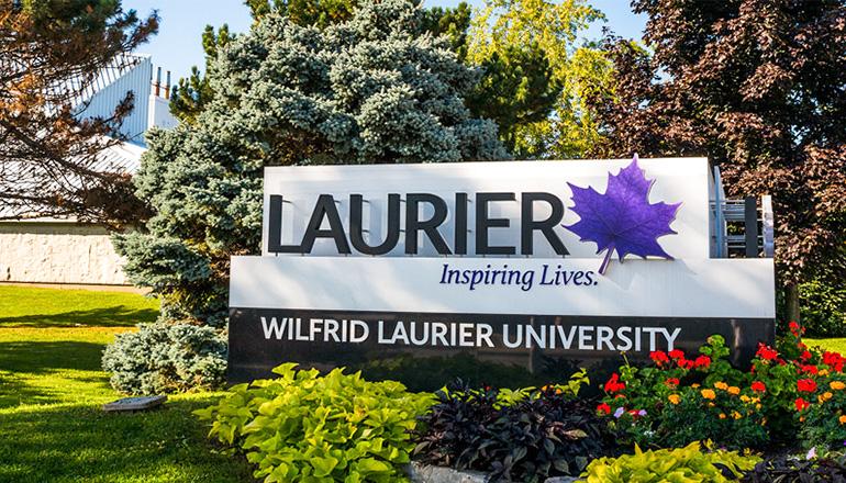 WILFRID LAURIER UNIVERSITY - NGÔI TRƯỜNG ĐẠI HỌC DANH TIẾNG MANG TÊN THỦ TƯỚNG THỨ 7 CỦA CANADA.